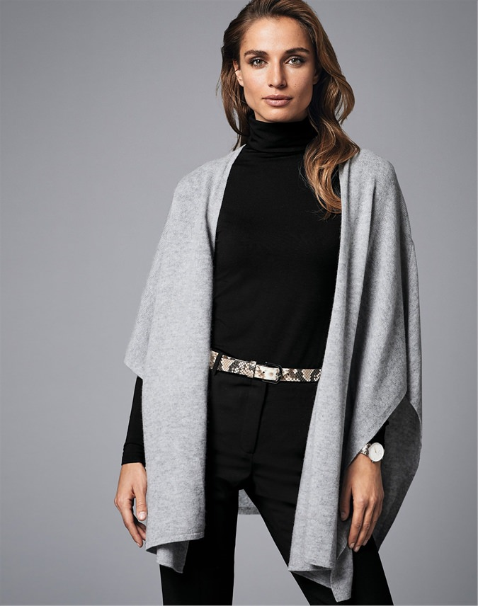 Gassato Knitted Wrap