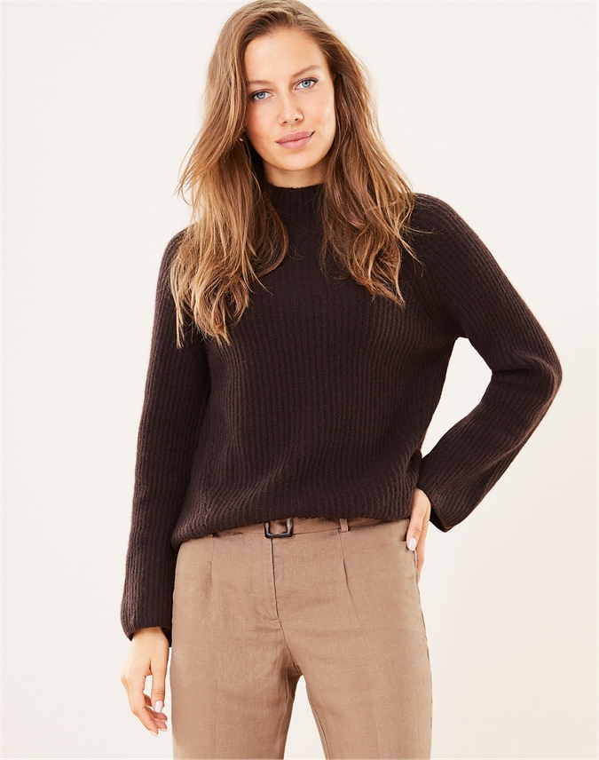 Luxury Cashmere Ribbed Sweater