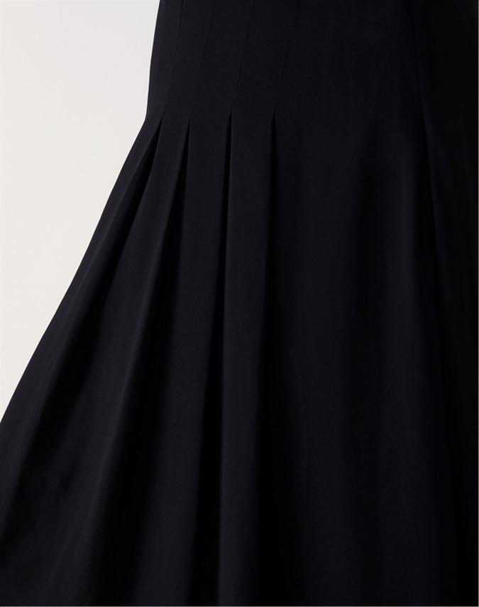 Soft Pleat Skirt