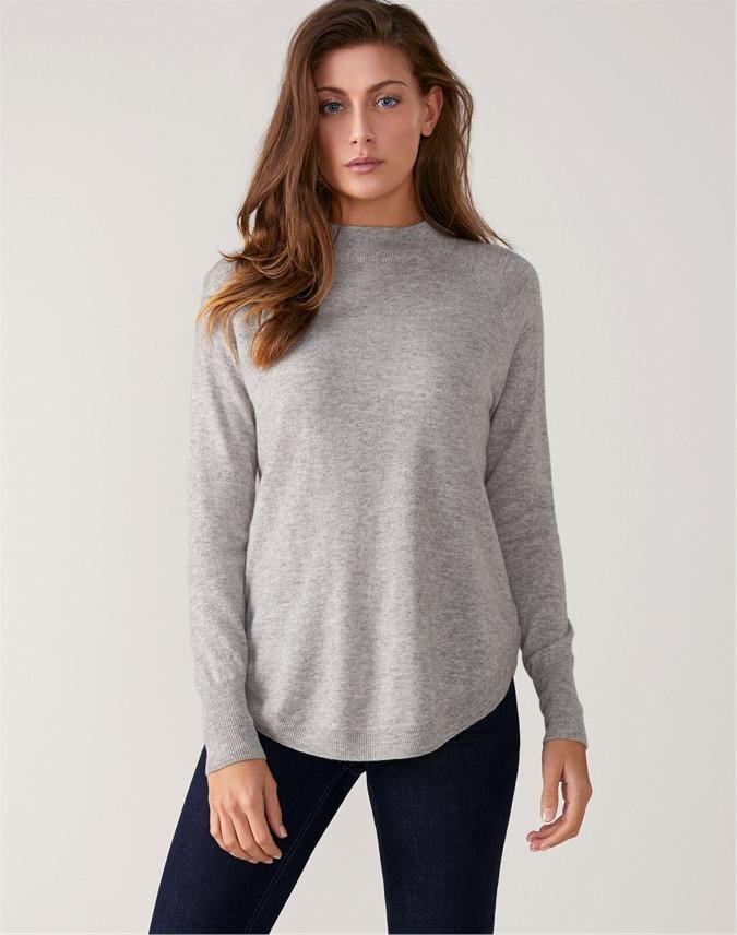 Turtle Neck Curved Hem Sweater