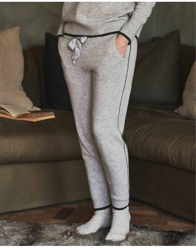 Cashmere Knitted Jogger