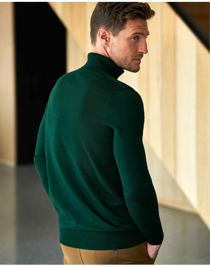 Merino Turtle Neck Sweater