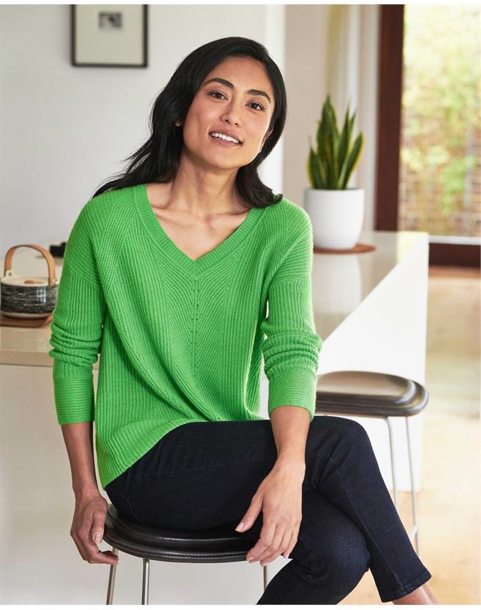 Gassato Cashmere Textured V Neck Sweater