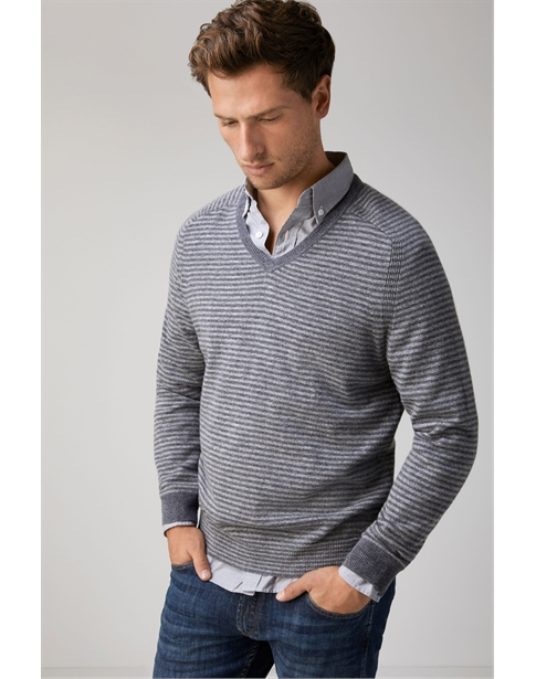 Mens Cashmere V Neck Sweater