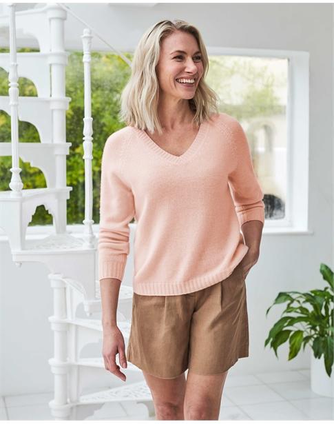 Cashmere Lofty V Neck Sweatshirt
