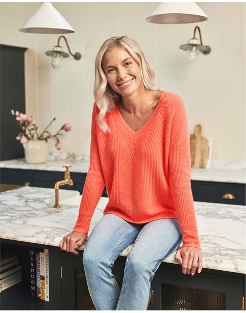 Gassato Cashmere Textured V Neck Sweater