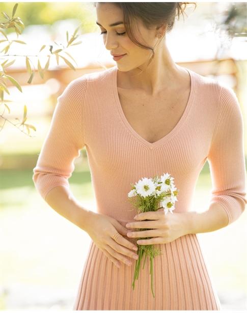 Knitted V Neck Pleat Dress