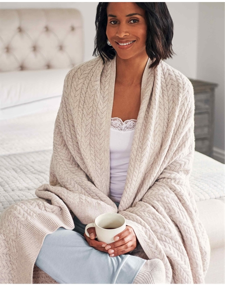 Wool Cashmere Cable Blanket